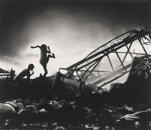 miss-catastrophe-dessin-pierre-noire-et-graphite-sur-papier-coll